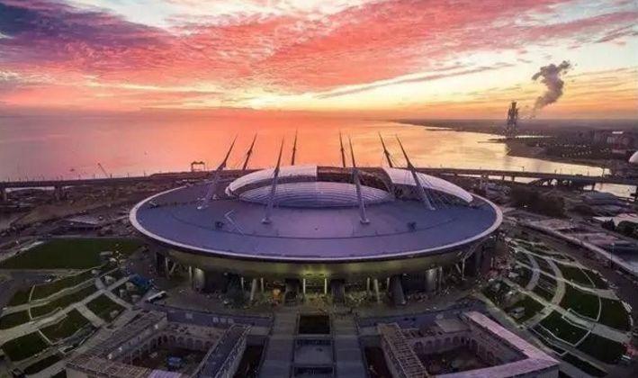世界杯开幕前夕 欣赏下12座球场夜景七台河